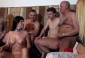 couple candauliste gangbang