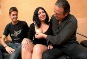 jeune couple trioliste