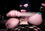 torture chatte mamelles